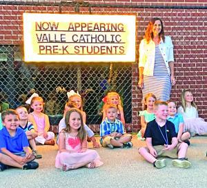 Valle Schools Graduation
